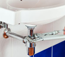 24/7 Plumber Services in Lynwood, CA